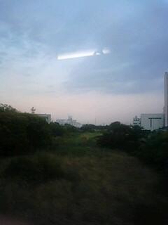 夕焼け前の微妙な空。